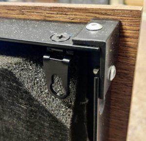 Domino panel zavěšení